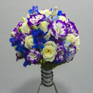 לה ולי פרחים - זר כלה סגול קלאסי