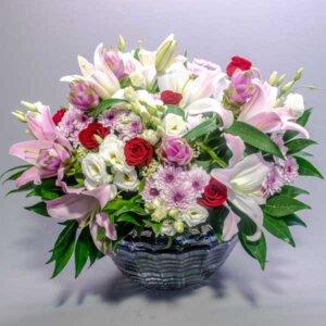 חיבוק קלאסי - לה ולי פרחים
