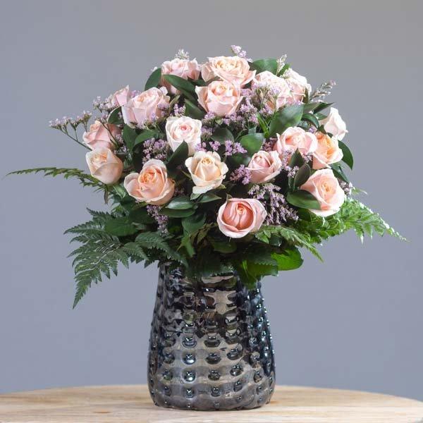 לה ולי פרחים - ורד פסטלי - משלוחי פרחים בחיפה