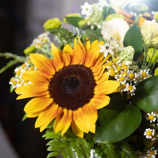 זר חמניות - לה ולי פרחים משלוחי פרחים בחיפה