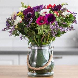 לה ולי פרחים - זר כלניות - משלוחי פרחים בחיפה