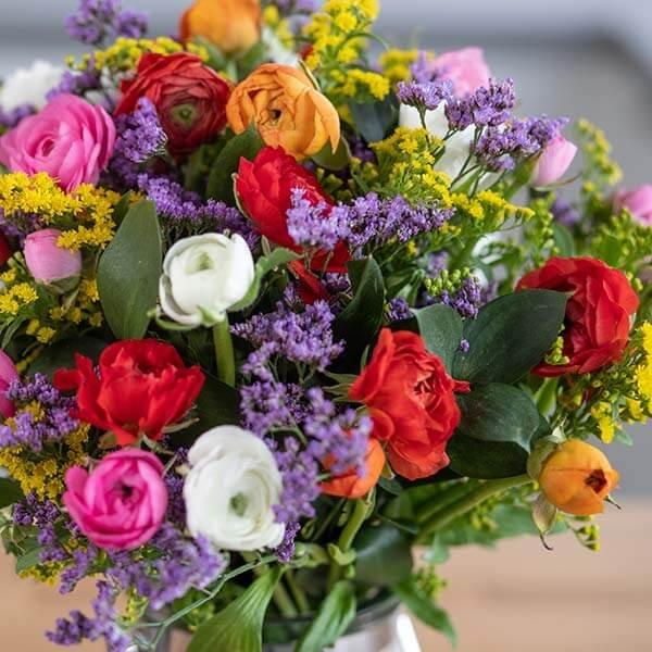 לה ולי פרחים - זר נוריות כפרי - משלוחי פרחים בחיפה